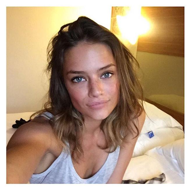 Jessica Lee Buchanan-Instagirl-Instagram-Sexy-Jolie-Fille-Bombe-Brune-Yeux-Bleus-Afrique du Sud-Cape Town-Mannequin-Femme-Sport-Ice-Model-Management-Bikini-effronte-02