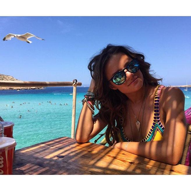 Jessica Lee Buchanan-Instagirl-Instagram-Sexy-Jolie-Fille-Bombe-Brune-Yeux-Bleus-Afrique du Sud-Cape Town-Mannequin-Femme-Sport-Ice-Model-Management-Bikini-effronte-04