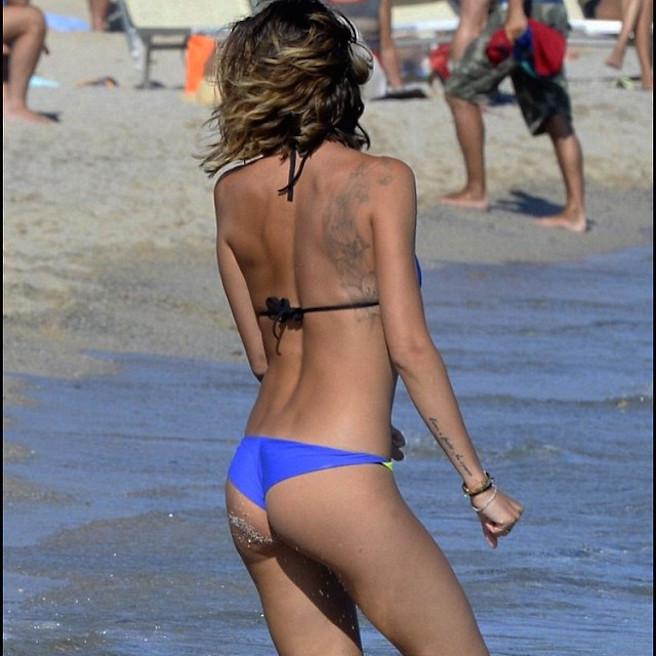 Melissa Satta-Instagirl-Instagram-Sexy-Jolie-Fille-Bombe-Blonde-Argentine-Italienne-Mannequin-Femme-Sport-Football-Kevin-Prince-Boateng-Wag-Bikini-effronte-09