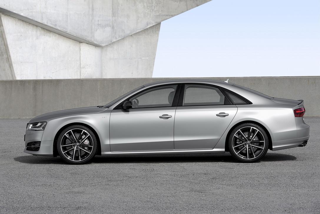 2016-Audi-S8-Plus-Sport-Voiture-Effronte-03