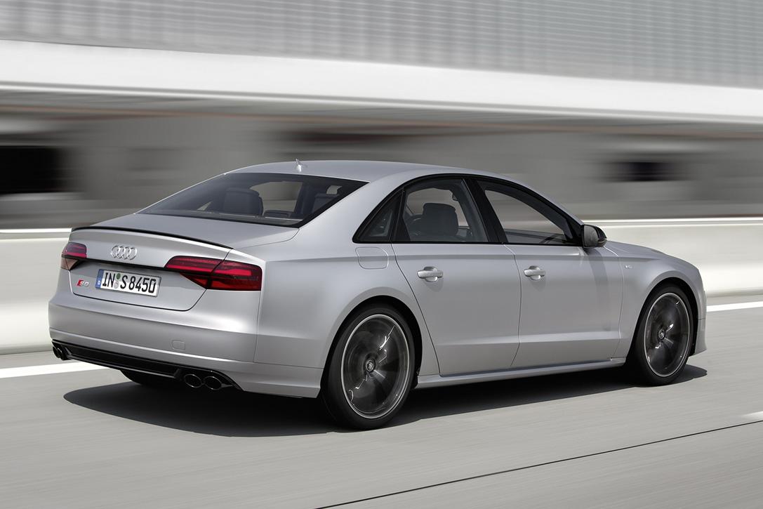 2016-Audi-S8-Plus-Sport-Voiture-Effronte-04