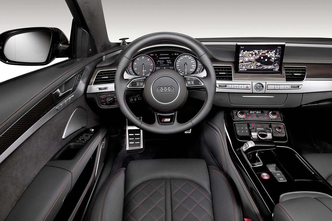 2016-Audi-S8-Plus-Sport-Voiture-Effronte-05