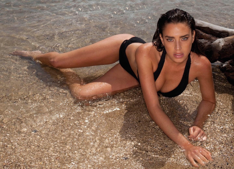 Or Grossman-Instagirl-Instagram-Sexy-Jolie-Fille-Bombe-Brune-Yeux-Bleus-Israël-Tel-aviv-Juive-Mannequin-Actrice-Diesel-Darty-Bikini-effronte-00