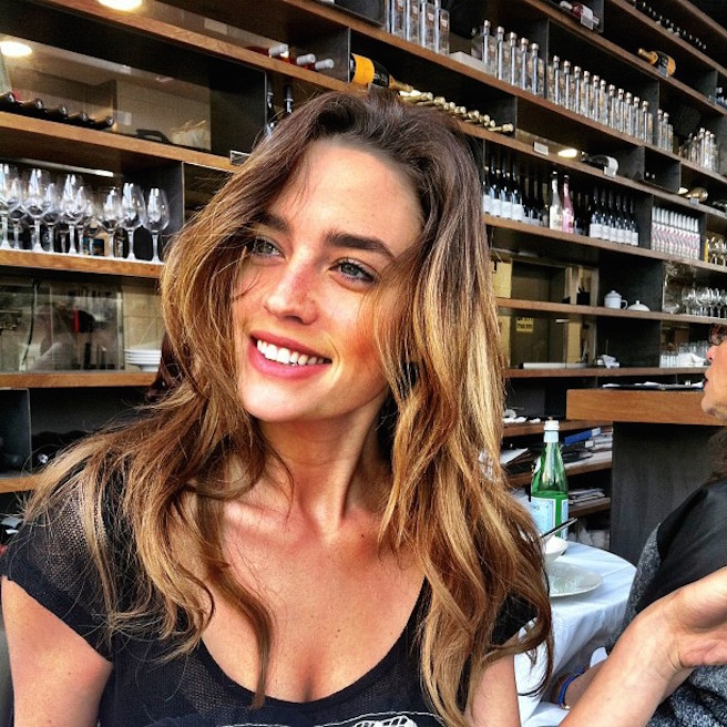 Or-Grossman-Instagirl-Instagram-Sexy-Jolie-Fille-Bombe-Brune-Yeux-Bleus-Israël-Tel-aviv-Juive-Mannequin-Actrice-Diesel-Darty-Bikini-effronte-12