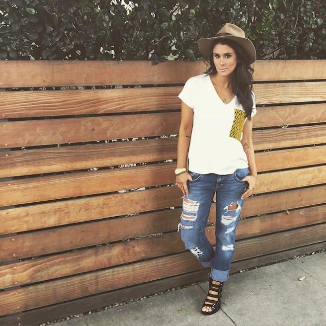 Brittany Furlan-Instagirl-Instagram-Sexy-Jolie-Canon-Fille-Femme-Brune-Vine-Humoriste-Drôle-Américaine-USA-Mannequin-effronte-07
