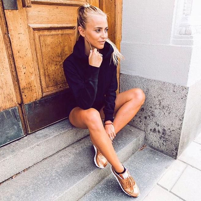 Janni Delér-Jannid-Instagirl-Instagram-Sexy-Jolie-Canon-Fille-Femme-Blonde-Blogueuse-Mode-Suédoise-Suède-Mannequin-effronte-02