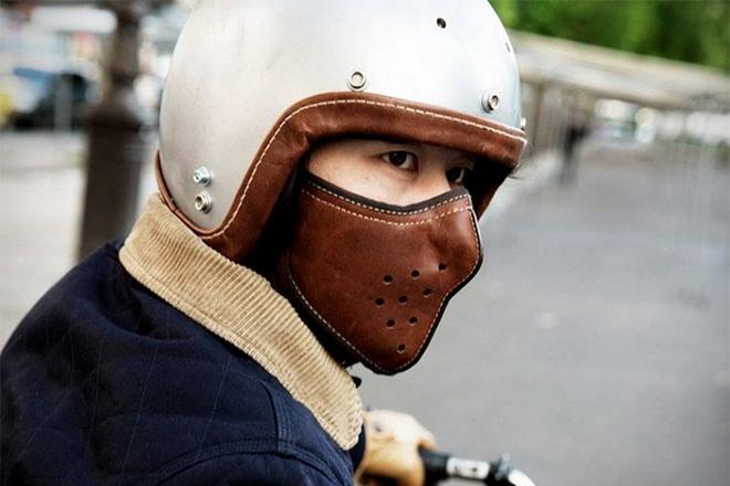 Masque en cuir ultra fin pour-motard-par-4H10 -bécane-moto-effronté-05