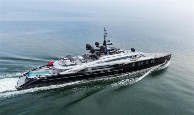 Okto-ISA-Yachts-Yacht-Mégayacht-Alberto-Pinto-Granturismo-effronté-01