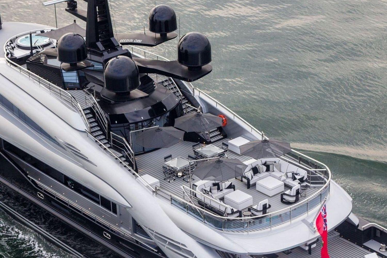 Okto-ISA-Yachts-Yacht-Mégayacht-Alberto-Pinto-Granturismo-effronté-03