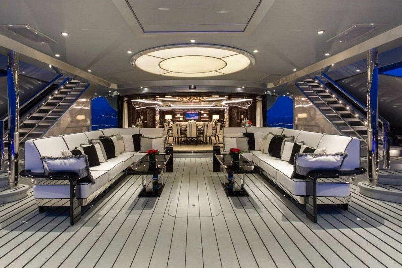 Okto-ISA-Yachts-Yacht-Mégayacht-Alberto-Pinto-Granturismo-effronté-06