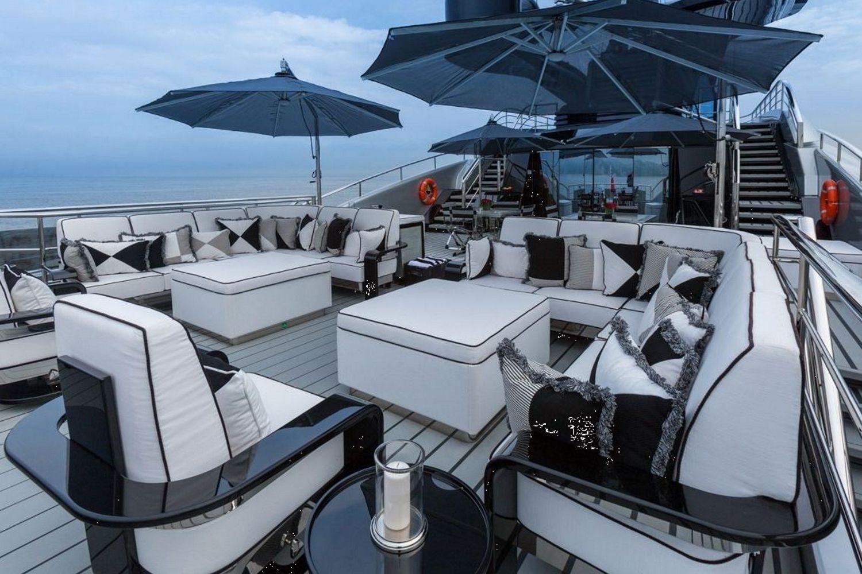 Okto Yacht Par ISA Yachts Effront