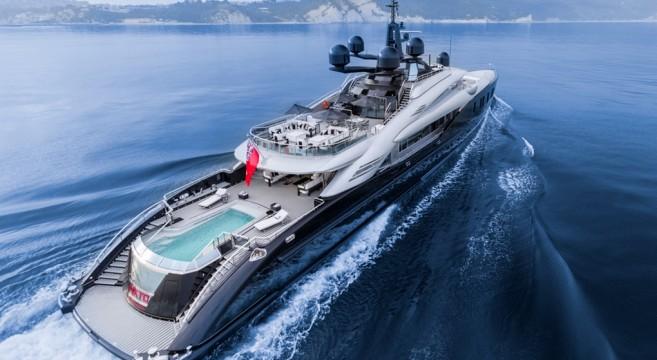 Okto-ISA-Yachts-Yacht-Mégayacht-Alberto-Pinto-Granturismo-effronté-Cover