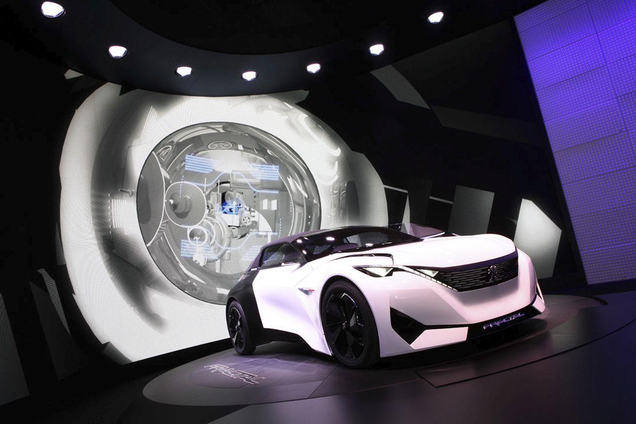 Salon de Francfort 2015-Peugeot-Fractal-concept-effronté