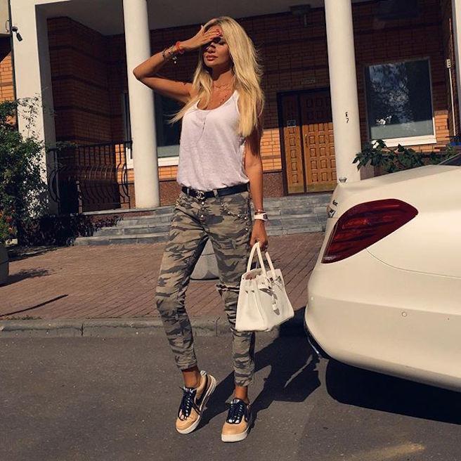 Victoria Lopyreva-Instagirl-Instagram-Sexy-Jolie-Canon-Fille-Femme-Blonde-Mannequin-Mode-Russe-Rosto-on-Don-Miss-Russie-2003-Ambassadrice-Coupe-du-Monde-Football-2018-effronte-03