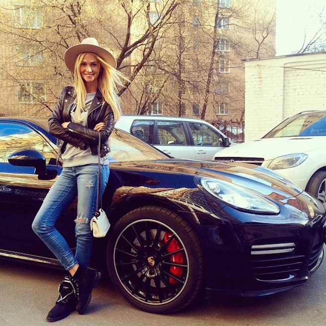Victoria Lopyreva-Instagirl-Instagram-Sexy-Jolie-Canon-Fille-Femme-Blonde-Mannequin-Mode-Russe-Rosto-on-Don-Miss-Russie-2003-Ambassadrice-Coupe-du-Monde-Football-2018-effronte-15