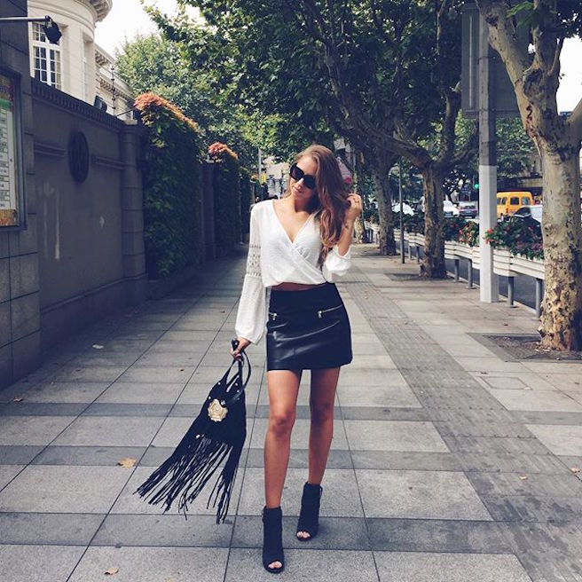 Kenza Zouiten-Instagirl-Instagram-Sexy-Jolie-Canon-Fille-Femme-Brune-Mannequin-Mode-Suède-Stockholm-blogueuse-effronte-02
