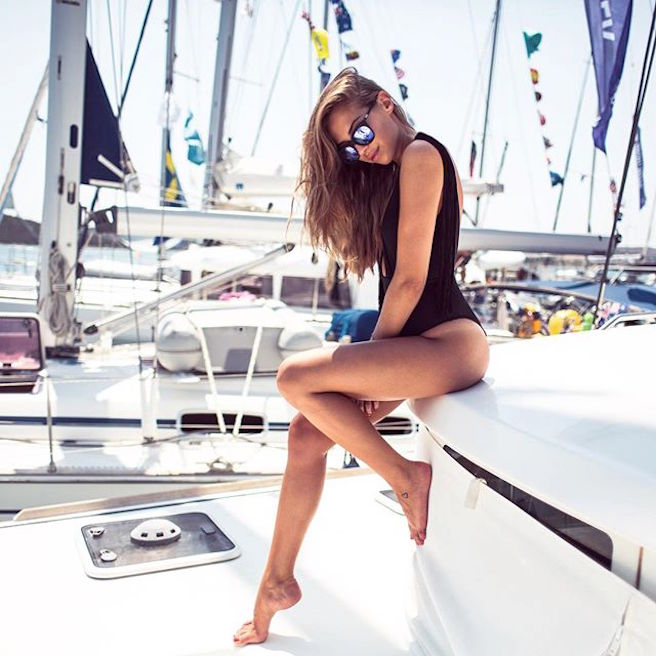Kenza Zouiten-Instagirl-Instagram-Sexy-Jolie-Canon-Fille-Femme-Brune-Mannequin-Mode-Suède-Stockholm-blogueuse-effronte-05