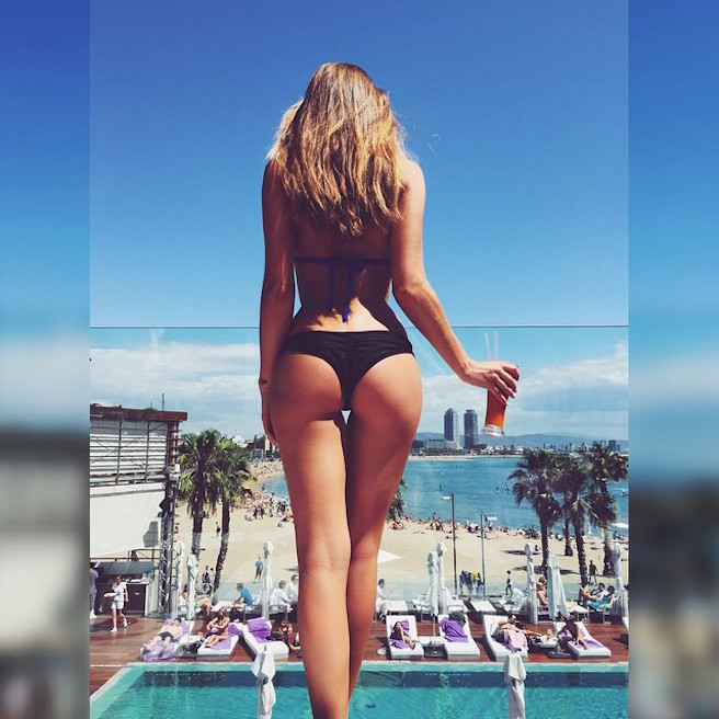 Kenza Zouiten-Instagirl-Instagram-Sexy-Jolie-Canon-Fille-Femme-Brune-Mannequin-Mode-Suède-Stockholm-blogueuse-effronte-14