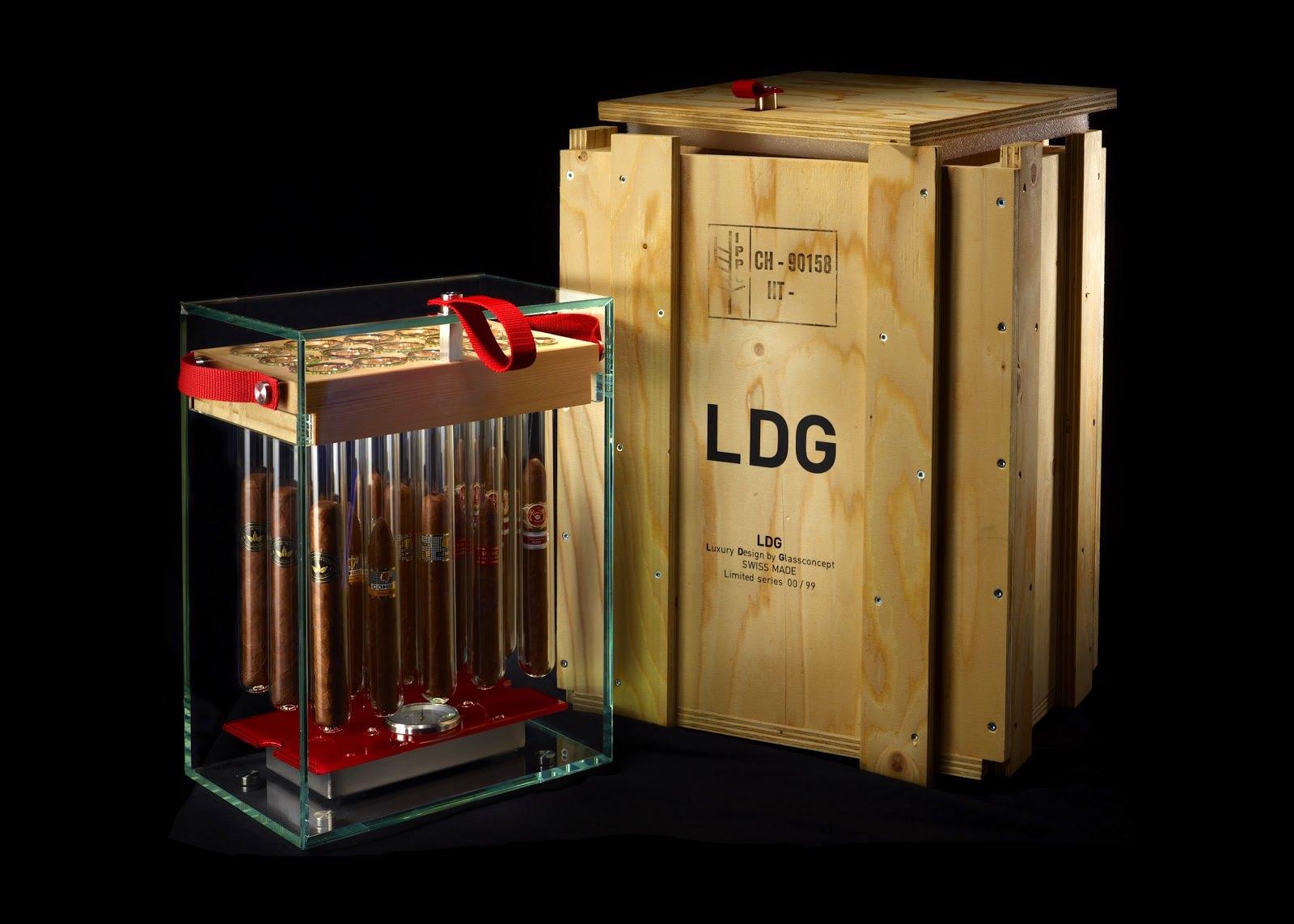 10-idées-cadeaux-pour-les-amateurs-de-cigares-LDG01-Glasscigars01-effronté_mini