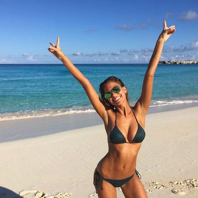 Kara Del Toro-Instagirl-Instagram-Sexy-Jolie-Canon-Fille-Femme-Blonde-Carl's Jr-Tex Mex-Elite-Models-mannequin-effronte-bikini-06