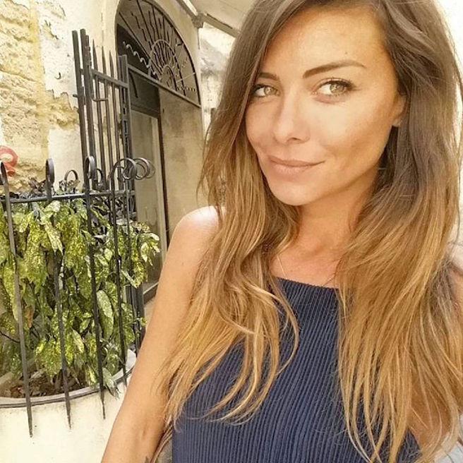Maeva Carter-Instagirl-Instagram-Sexy-Jolie-Canon-Fille-Femme-Blonde-Mannequin-DJ-DJette-France-Ile-de-la-tentation-Acambray-PSG-copine-effronte-05