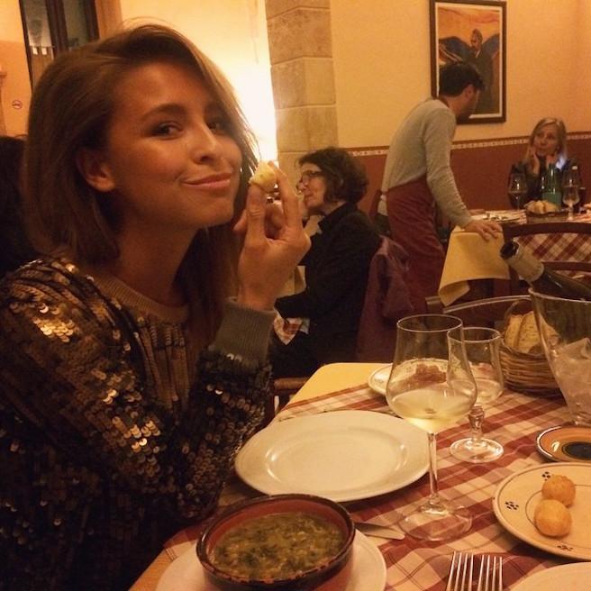 Marisa-Papen-Instagirl-Instagram-Sexy-Jolie-Canon-Fille-Femme-Blonde-Mannequin-Lingerie-Mode-Belge-Belgique-Bikini-effronte-11