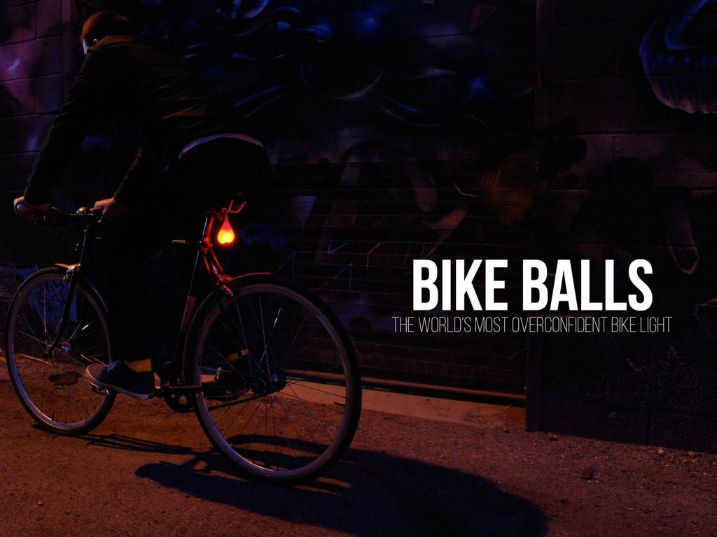 Bike-Balls-kickstarter-canadien-testicule-lumineux-drôle-sécurité-vélo-buzz-effronté-03