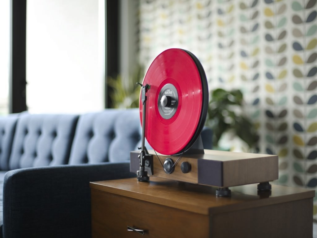 le gramovox floating record effront. Black Bedroom Furniture Sets. Home Design Ideas
