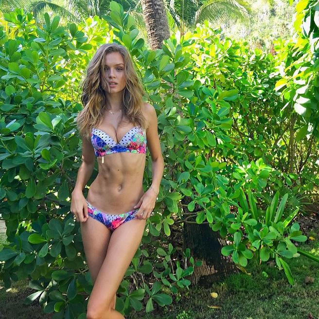 Josephine Skriver-Instagirl-Instagram-Sexy-Jolie-Canon-Fille-Femme-Blonde-Mannequin-Copenhagen-Copenhage-Danemark-Danoise-Bikini-effronte-02