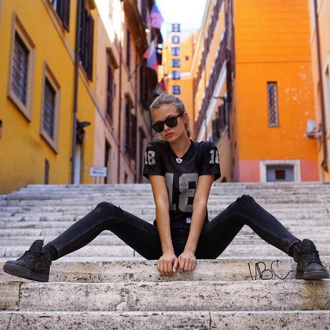 Josephine-Skriver-Instagirl-Instagram-Sexy-Jolie-Canon-Fille-Femme-Blonde-Mannequin-Copenhagen-Copenhage-Danemark-Danoise-Bikini-effronte-11