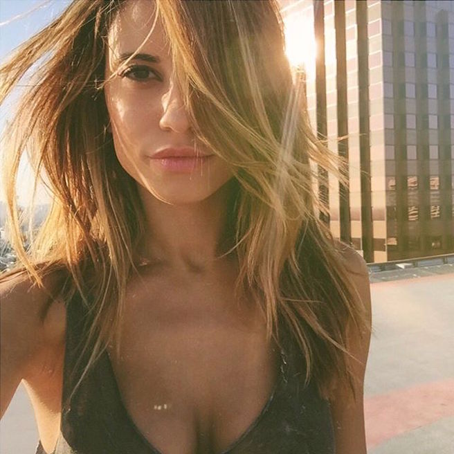 Naila-Instagirl-Instagram-Sexy-Jolie-Canon-Fille-Femme-Blonde-Mannequin-Blogueuse-Models-Bikini-Liban-Libanaise-Dubai-effronte-04