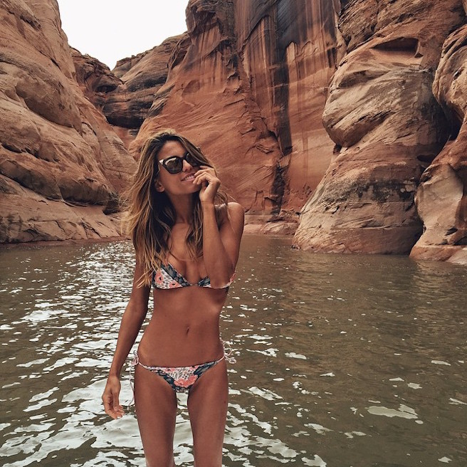 NailaInVogue-Instagirl-Instagram-Sexy-Jolie-Canon-Fille-Femme-Blonde-Mannequin-Blogueuse-Models-Bikini-Liban-Libanaise-Dubai-effronte-12