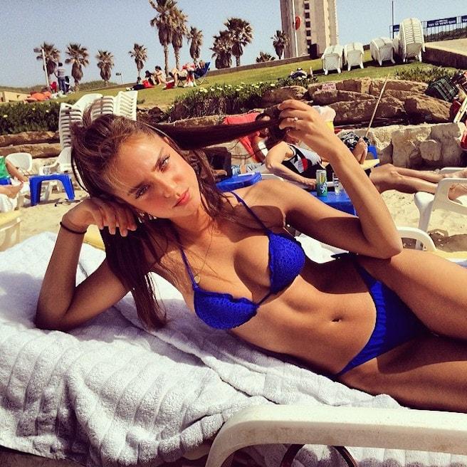 Neta-Alchimister-Instagirl-Instagram-Sexy-Jolie-Canon-Fille-Femme-Blonde-Mannequin-Models-Bikini-Israel-Israelienne-bananhotbikinis.com-Elite-Model-effronte-15-min