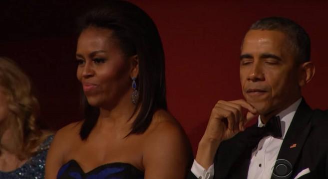 Obama ému aux larmes par-la-performance-de-Aretha-Franklin-Kennedy Center-Honors-2015-Michelle-Obama-effronté