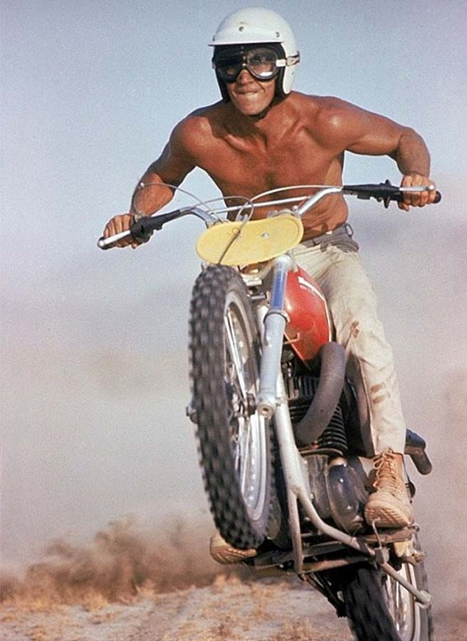 steve-mcqueen-1971-husqvarna-moto-cross-vintage-effronte
