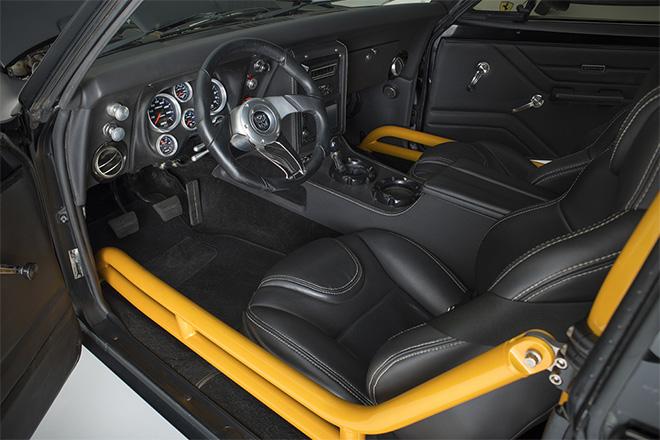 1967-Chevrolet-Camaro-SS-Bumblebee-4