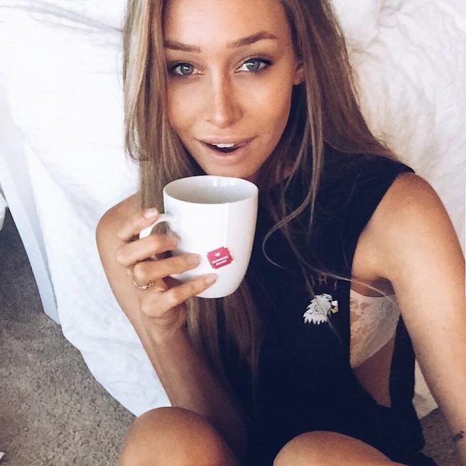Cait Barker-Instagirl-Instagram-Caitlin-Sexy-Jolie-Canon-Fille-Femme-Blonde-Mannequin-Elite-Model-NewMark-Models-Bikini-Californie-Etats-Unis-USA-effronte-08
