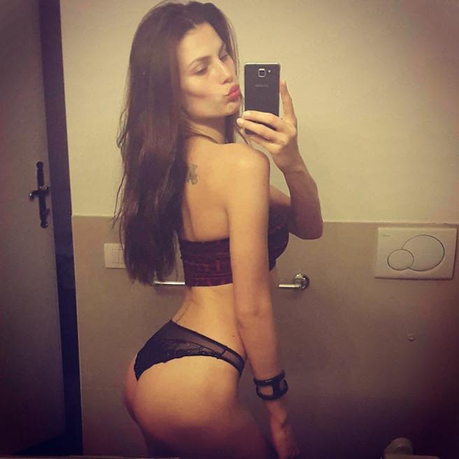 Dayane Mello-Instagirl-Instagram-Sexy-Jolie-Canon-Fille-Femme-Brune-Mannequin-Models-Bikini-Brésil-Brésilienne-Joinville-Model-Stefano-Sala-effronte-09
