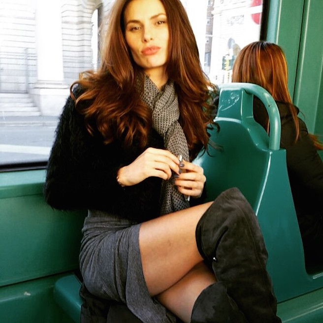 Dayane-Mello-Instagirl-Instagram-Sexy-Jolie-Canon-Fille-Femme-Brune-Mannequin-Models-Bikini-Brésil-Brésilienne-Joinville-Model-Stefano-Sala-effronte-15