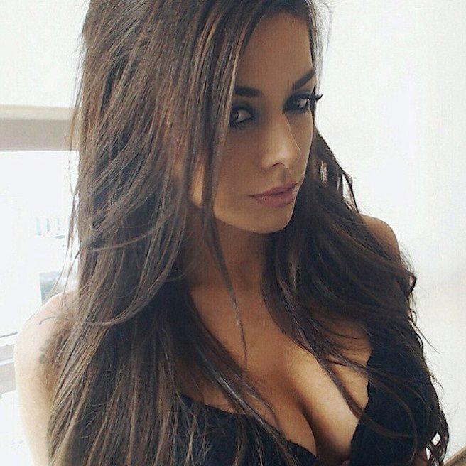 Les brunes sont les plus sexy et on vous le prouve avec