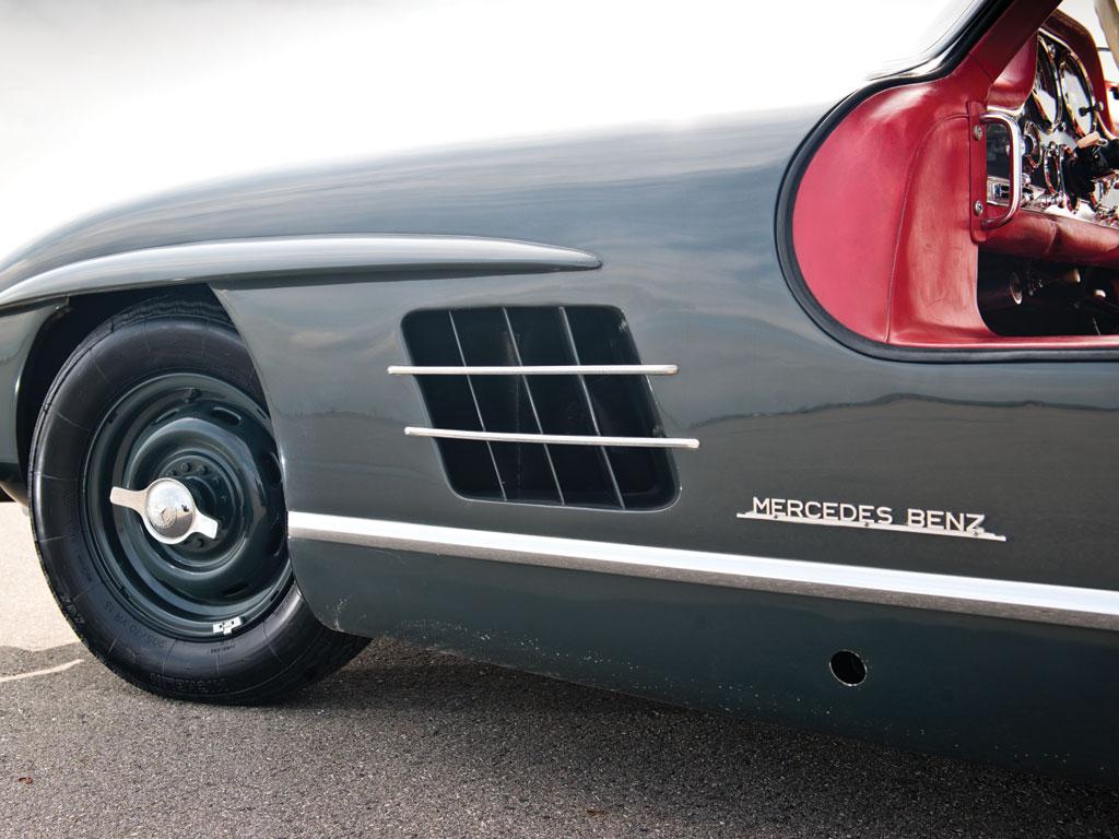 Mercedes-Benz 300SL-Gullwing-de-1955-collection-enchères-auction-Rmsothebys-effronté-06