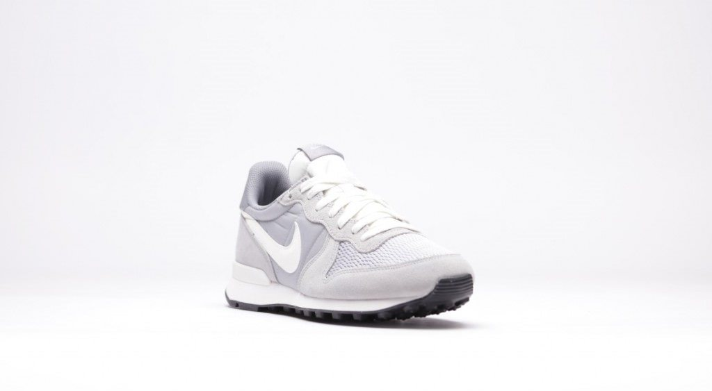 sneaker-nike-internationalist-wolf-grey-basket-tendance-effronté-02-1024x563_mini