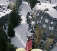 Grosse session de Speedriding avec Valentin Delluc et Martin Schricke-Diablerets-Chamonix-Avoriaz-dans-la-ville-station-effronté-01
