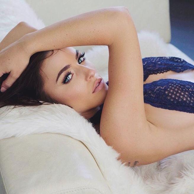 Kylie Rae-Instagirl-Instagram-Sexy-Jolie-Canon-Fille-Femme-Blonde-Mannequin-Model-Models-Bikini-Los Angeles-Californie-Etats-Unis-USA-yeux-bleus-effronte-09