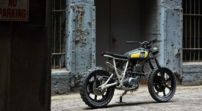 Powder Monkees-Yamaha SR500-Federal Moto-Canada-Chigago-1978-Bécane-Custom-effronté-01