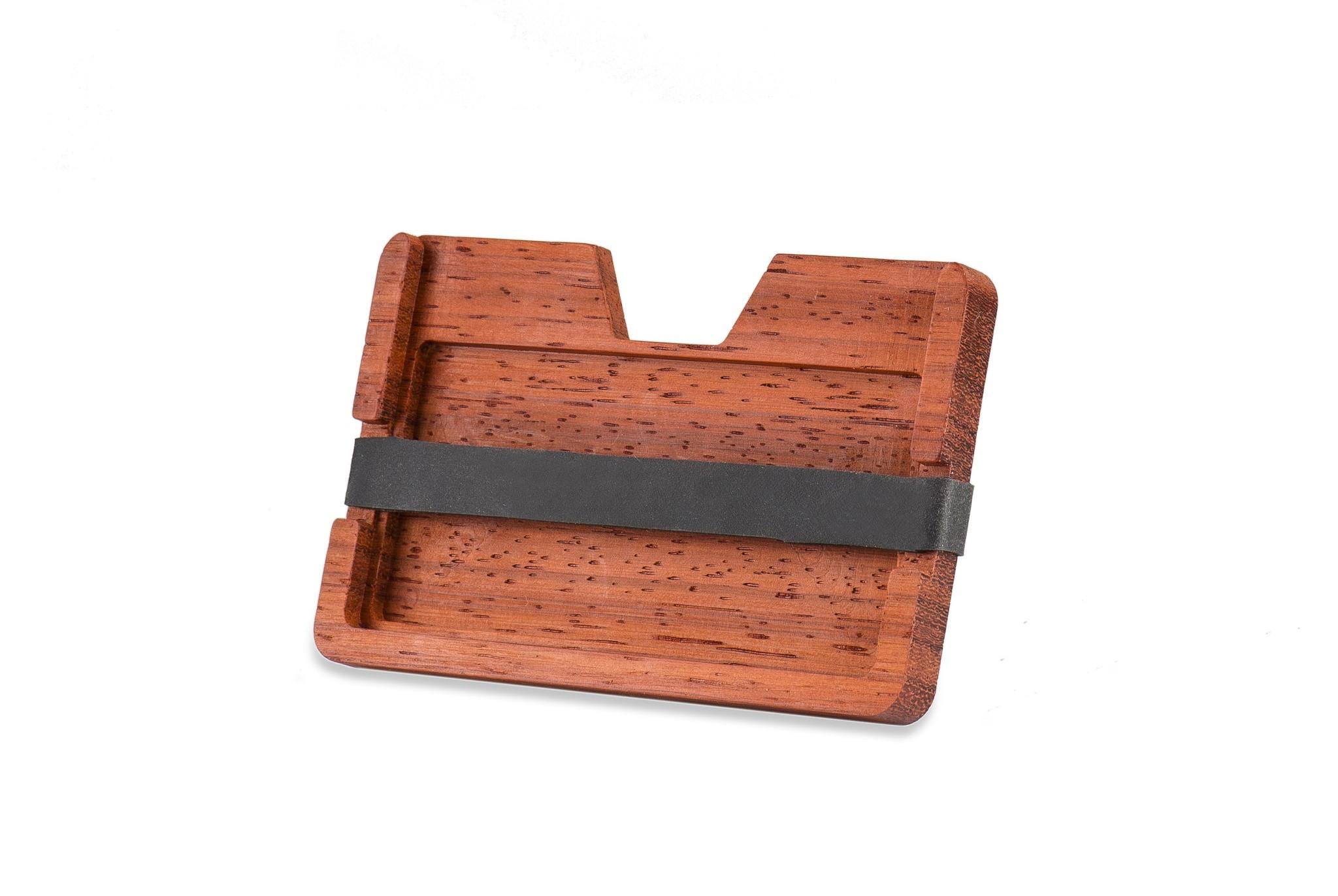 touchons du bois les 10 meilleurs porte cartes en bois. Black Bedroom Furniture Sets. Home Design Ideas