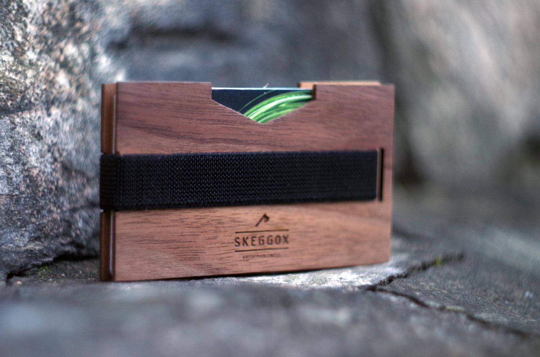 porte-cartes-en-bois-Skeggox-sélection-12-plus-beaux-portes-cartes-en-bois-effronté