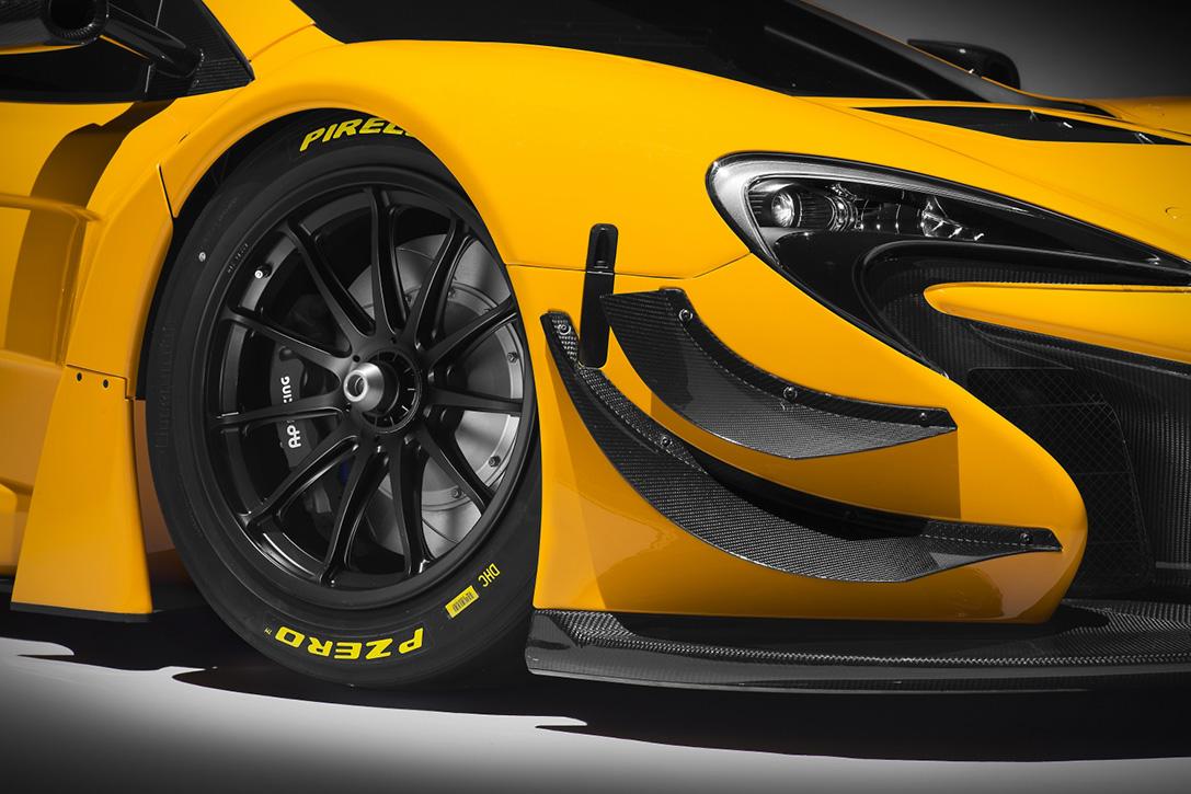 2016-McLaren-650s-GT3-6