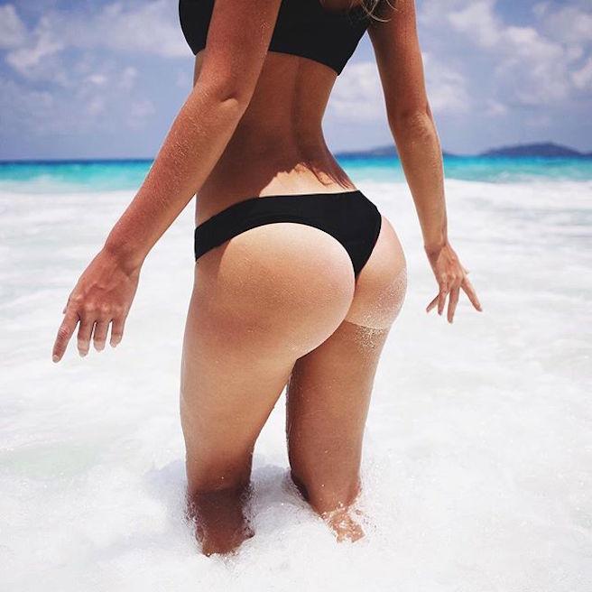 Victoria Tornegren-Instagirl-Instagram-Sexy-Jolie-Canon-Fille-Femme-Blonde-Mannequin-Blogueuse-Mode-Bikini-Suède-Suédoise-effronte-02