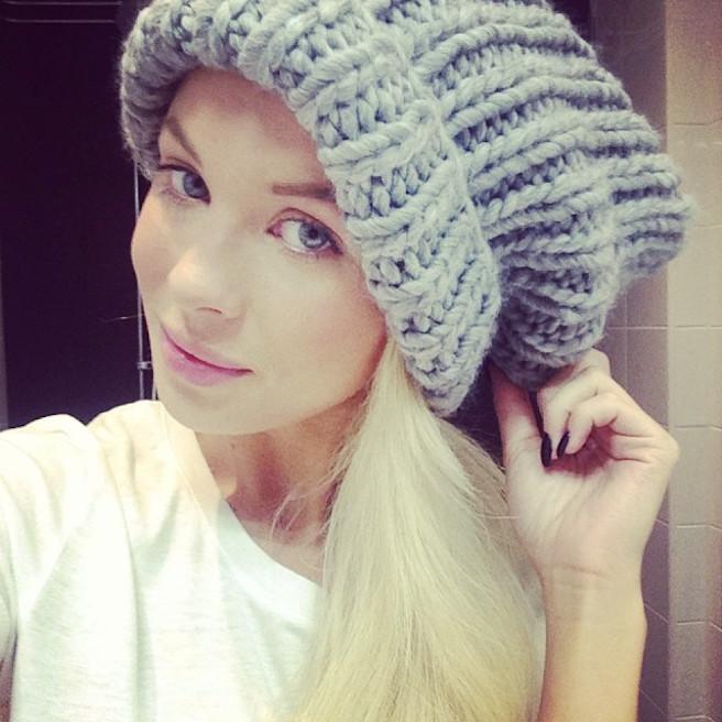 Victoria-Tornegren-Instagirl-Instagram-Sexy-Jolie-Canon-Fille-Femme-Blonde-Mannequin-Blogueuse-Mode-Bikini-Suède-Suédoise-effronte-12